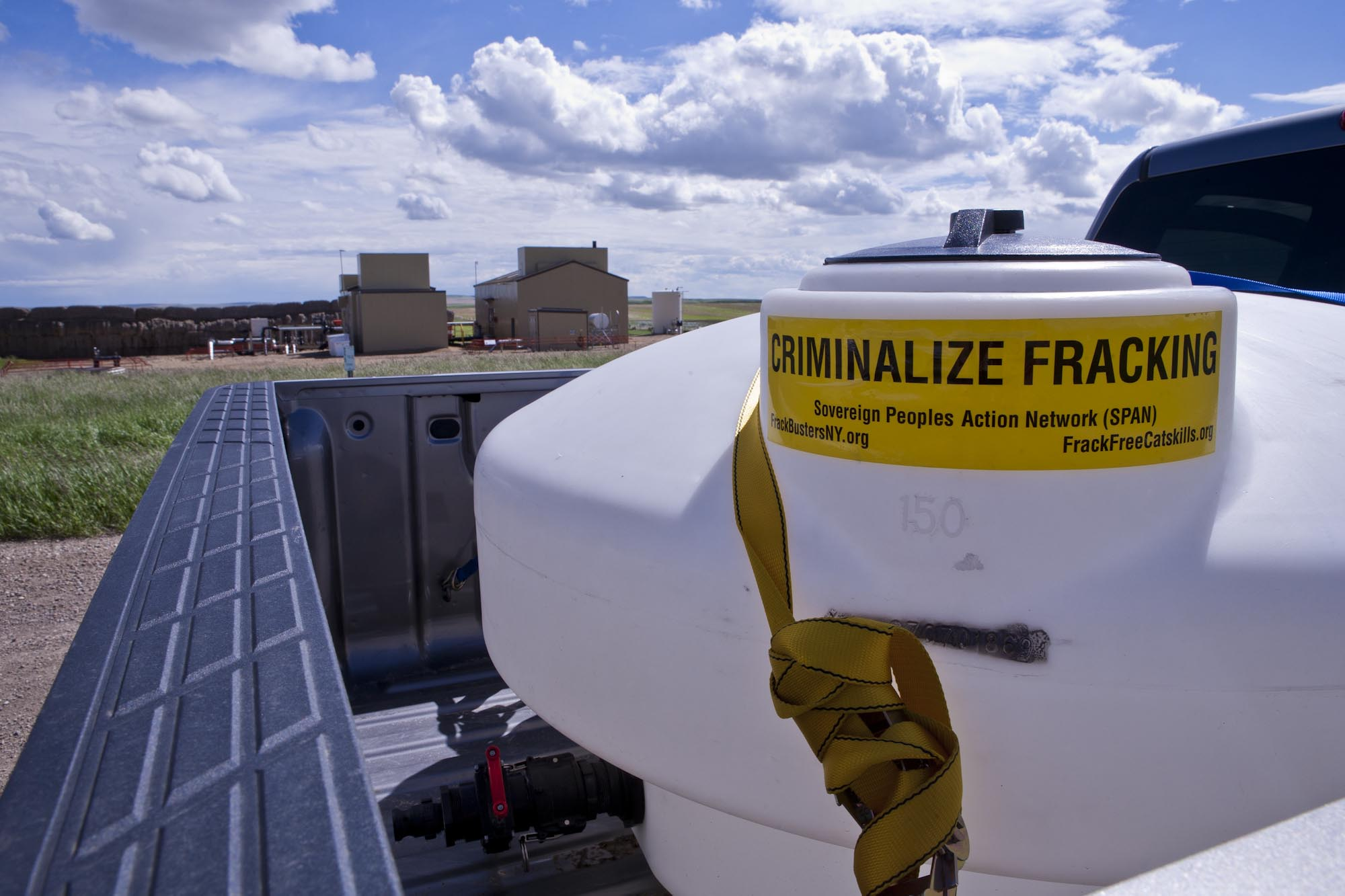 2013 06 Criminalize fracing Encana 7-13 compressors at Rosebud Alberta